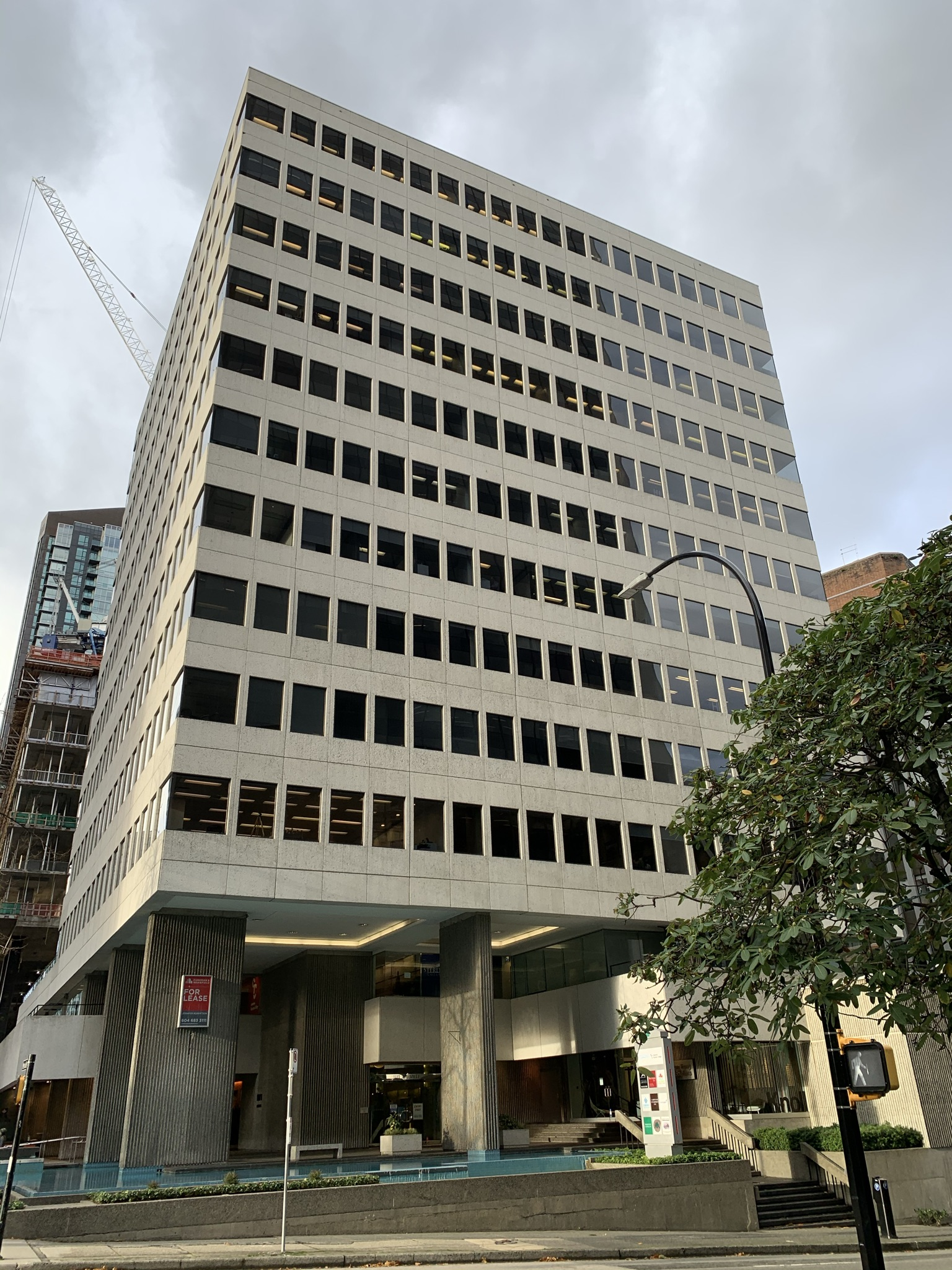 Suite 1000 – 1111 Melville Street – Renovated Office Space for Sublease Downtown Vancouver